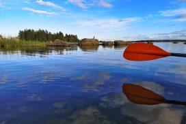 Paddla kajak i Axmar skärgård - foto Aja Axlund